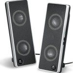 Altavoces Logitech USB Speakers V10 en Debian Lenny, a la primera -;)